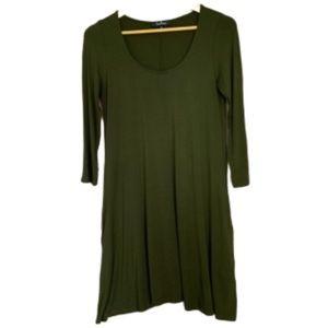 Lulus green dress with pockets EUC M